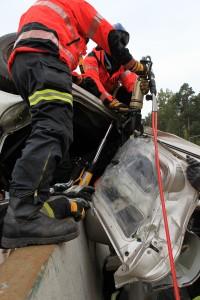PKW auf Autobahnbarriere - rescueDAYS 2010