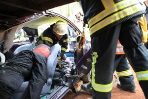PKW unter Trailer - rescueDAYS 2010