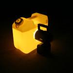 Schaummittelkanister als Blitzleuchten-Ersatz