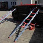 Sicherung PKW in Seitenlage mittels Steckleitern