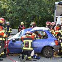 Paralleles-Arbeiten-bei-der-Unfallrettung